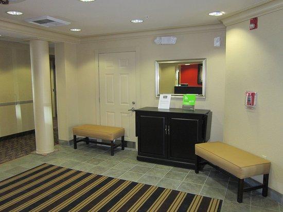 إكستندد ستاي أميركا - فريمونت - نيوآرك: Lobby and Guest Check-in