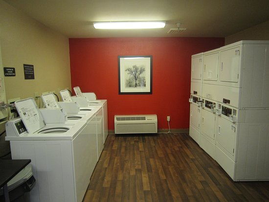 Extended Stay America - Los Angeles - Torrance Harbor Gateway : On-Premise Guest Laundry