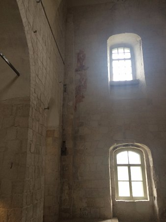 Tent Bell Tower: Остатки росписей с 1152 года