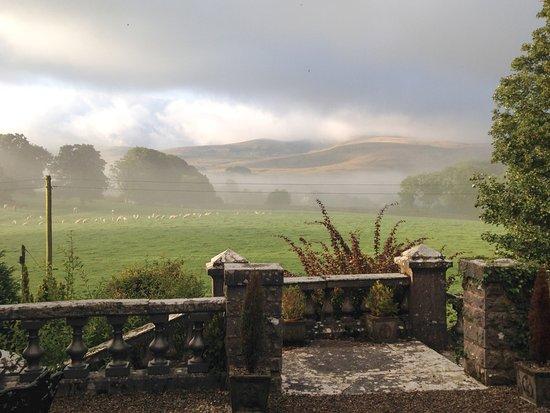 Newbiggin-on-Lune, UK: Views over the Howgill Fells