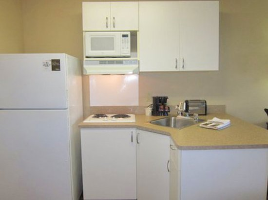 Extended Stay America - Austin - Southwest: Fully-Equipped Kitchens