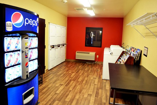 Lone Tree, CO: On-Premise Guest Laundry
