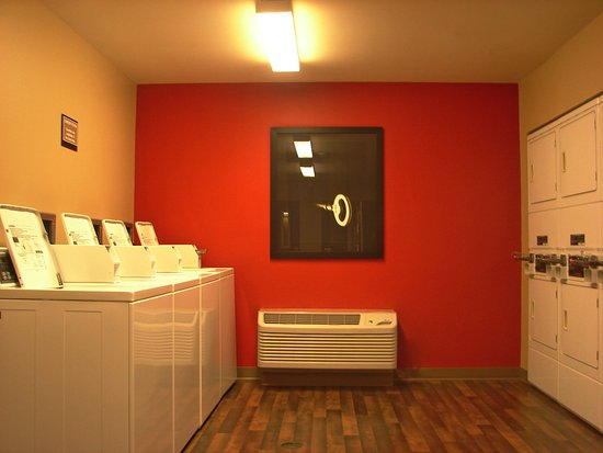 Extended Stay America - Hartford - Meriden : On-Premise Guest Laundry