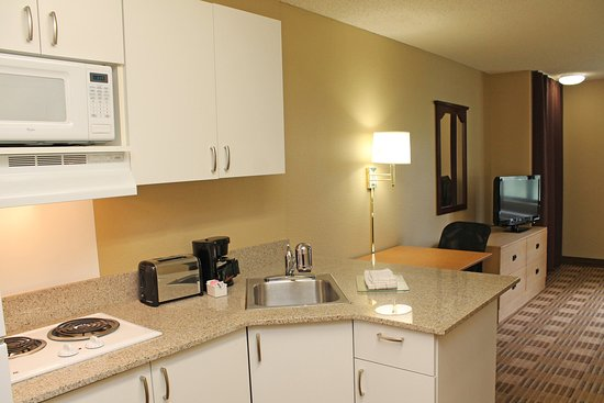 Extended Stay America - Palm Springs - Airport: Fully-Equipped Kitchens