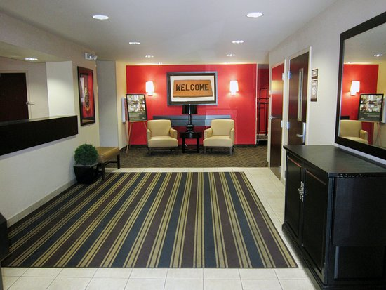 Extended Stay America - Tampa - Airport - Spruce Street: Lobby and Guest Check-in