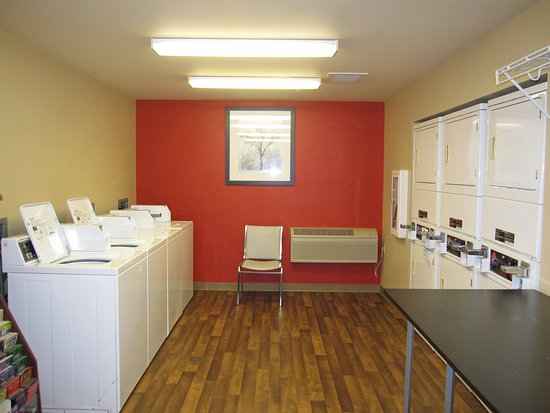 Belmont, CA: On-Premise Guest Laundry