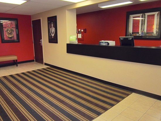Extended Stay America - Rochester - Henrietta: Lobby and Guest Check-in