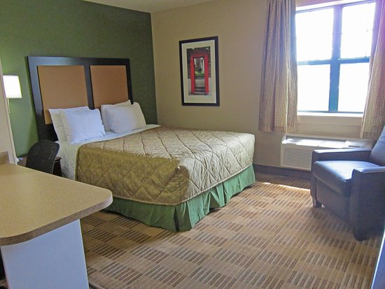 Extended Stay America - Rochester - Henrietta: Studio Suite - 1 Queen Bed