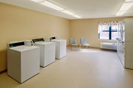 Copley, OH: On-Premise Guest Laundry