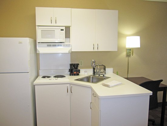 Extended Stay America - Santa Rosa - South : Fully-Equipped Kitchens