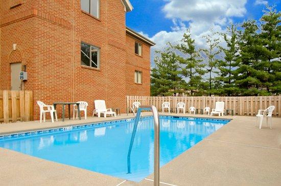 Extended Stay America - Greenville - Haywood Mall: Swimming Pool