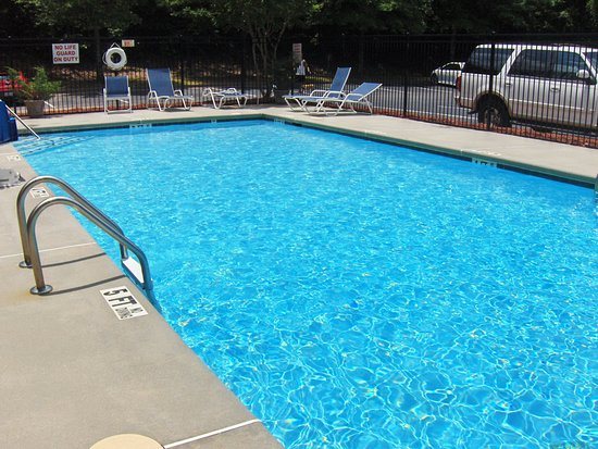 Extended stay america atlanta alpharetta northpoint east updated 2017 prices hotel for Swimming pools in the north east