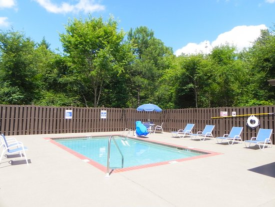 Extended stay america charlotte university place e for Swimming pool preisvergleich