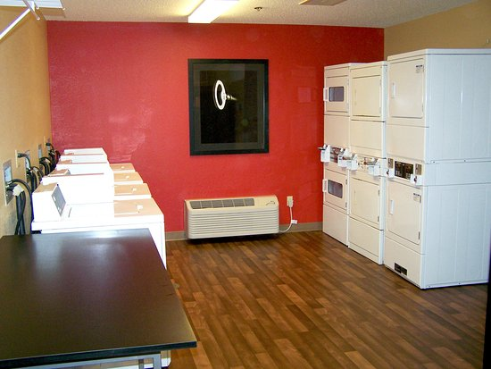 Extended Stay America - Minneapolis - Eden Prairie - Valley View Road: On-Premise Guest Laundry