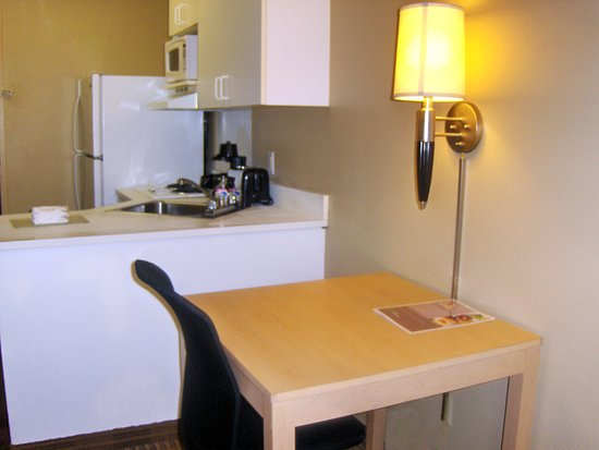 Marietta, GA: Fully-Equipped Kitchens