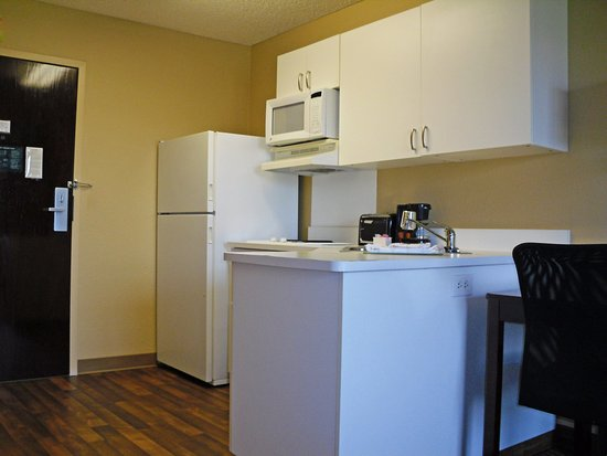 Extended Stay America - Los Angeles - Arcadia : Fully-Equipped Kitchens