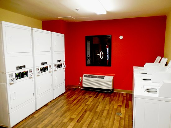 Extended Stay America - Atlanta - Kennesaw Chastain Rd.: On-Premise Guest Laundry