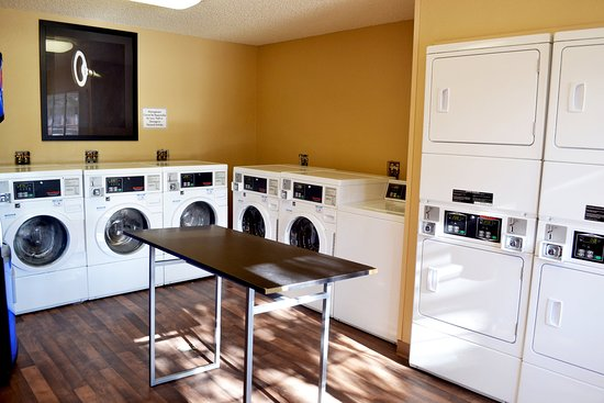 Glendale, Kolorado: On-Premise Guest Laundry