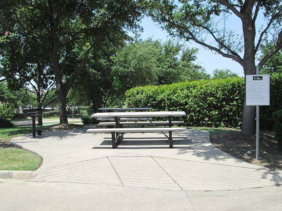 Extended Stay America - Dallas - Las Colinas - Carnaby St.: Picnic Area