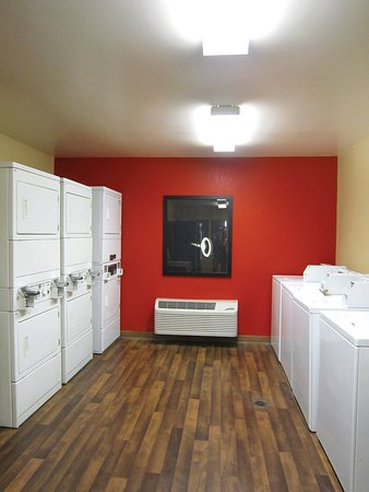 Extended Stay America - St. Petersburg - Clearwater - Executive Dr.: On-Premise Guest Laundry
