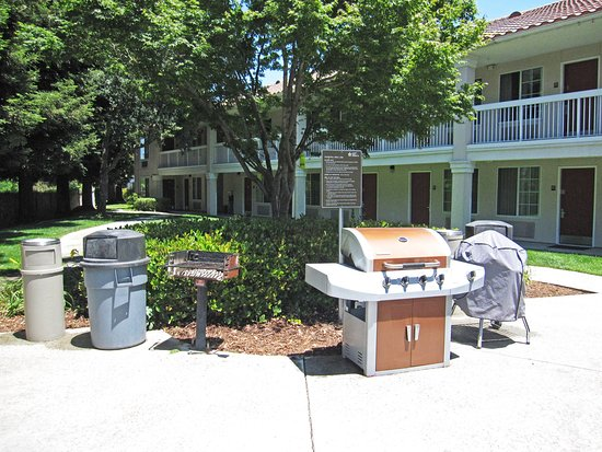 Extended Stay America - San Jose - Mountain View: Picnic Area