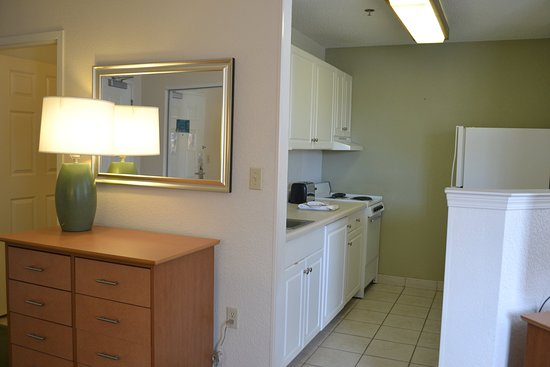 Extended Stay America - Denver - Tech Center South: Fully-Equipped Kitchens
