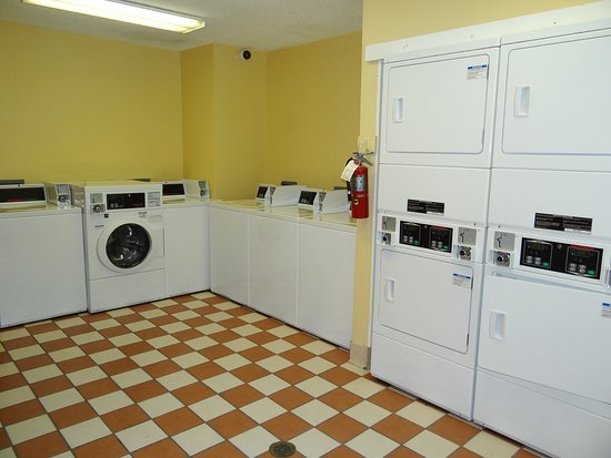 Extended Stay America - Durham - University - Ivy Creek Blvd.: On-Premise Guest Laundry