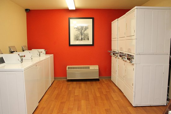 San Dimas, CA: On-Premise Guest Laundry