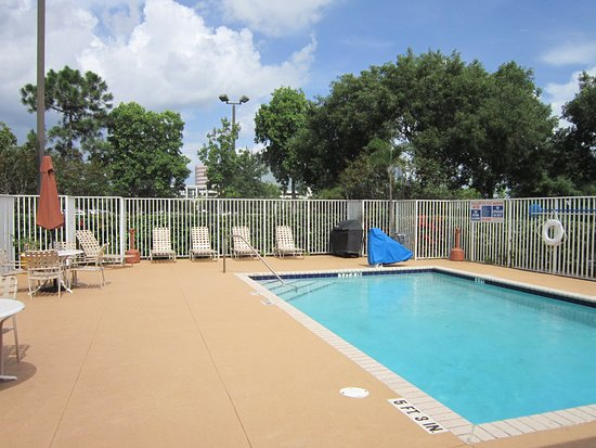 Extended Stay America - Fort Lauderdale - Cypress Creek - NW 6th Way: Swimming Pool