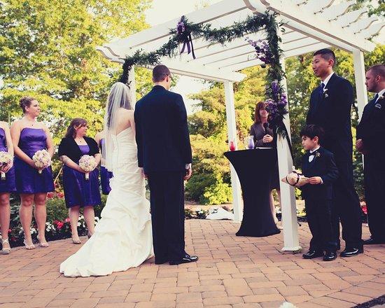 อีตันทาวน์, นิวเจอร์ซีย์: Outdoor Wedding