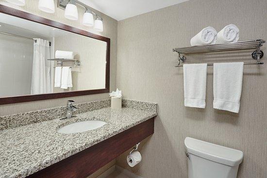 Carol Stream, IL: Standard Guest Bathroom vanity