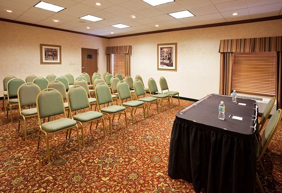 Huber Heights, Ohio: Many options are available with our meeting room.