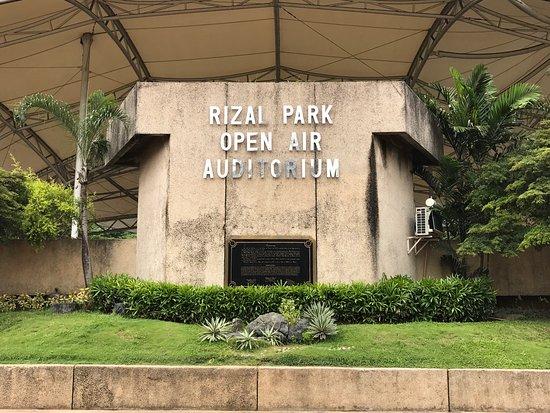 Taman Rizal Picture of Rizal Park Manila TripAdvisor