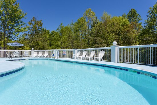Mebane, Северная Каролина: Swimming Pool