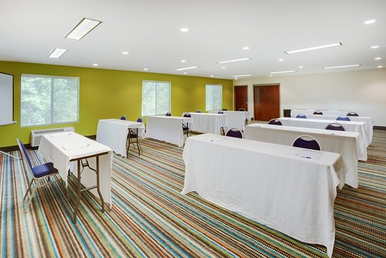 Mebane, Caroline du Nord : Host your next meeting or function in our Meeting Room