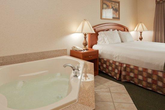 Montpelier, OH: Jacuzzi Suite