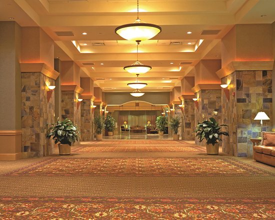 DoubleTree by Hilton Hotel Denver - Stapleton North: Prefunction Space