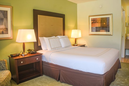 Liberty Lodge: Single queen size bed available