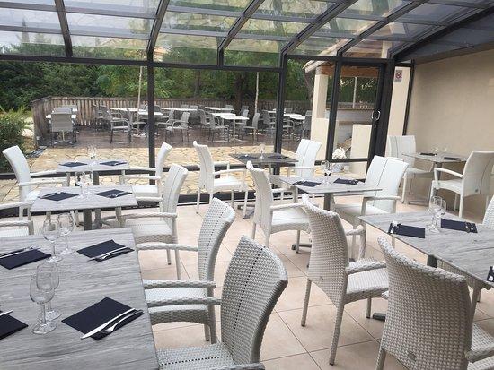 La Farlede, France: Hotel Restaurant Le Coudon - Le 702