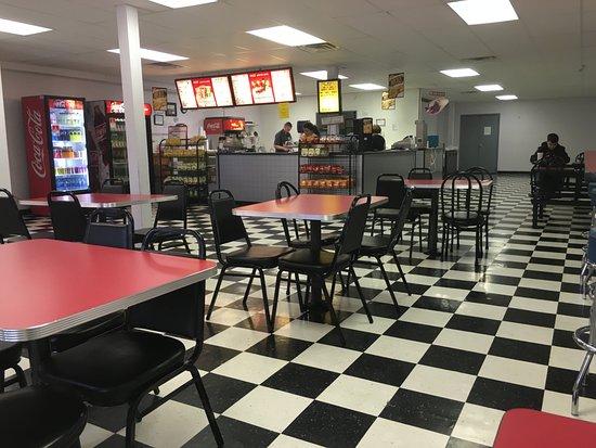 Macomb, IL: Interior view