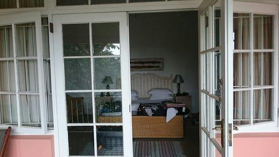 Essenwood House: DSC_0071_large.jpg