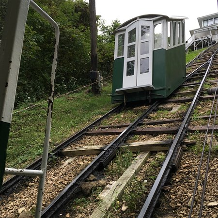 Dubuque, IA: One of the cable cars