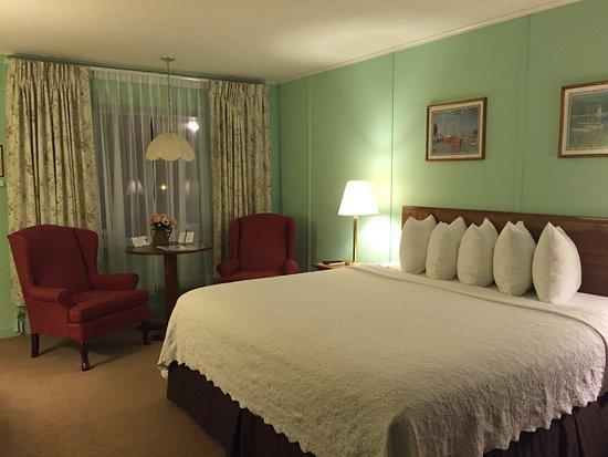 Highbrook Motel: photo1.jpg