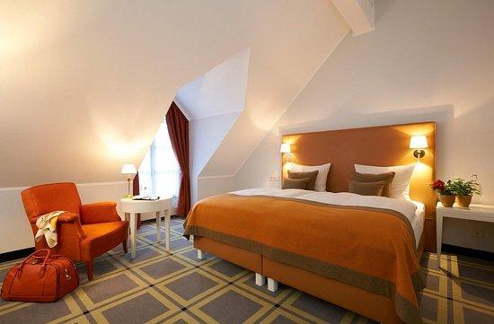 Aschheim, Allemagne : Deluxe Double Room