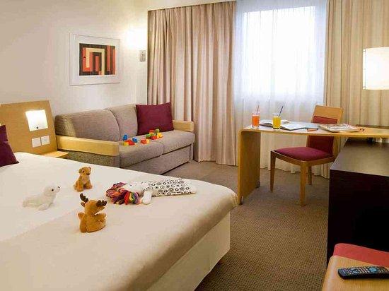 Bussigny-pres-Lausanne, Швейцария: Guest Room