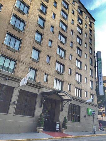 Holiday Inn Express & Suites Atlanta Downtown: photo0.jpg