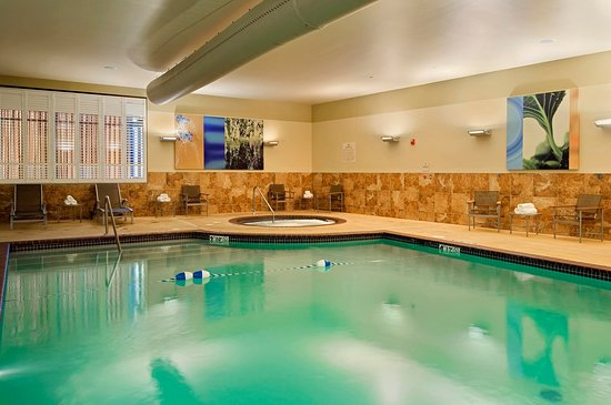 Hilton Promenade at Branson Landing: Indoor Pool