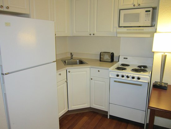 Extended Stay America - Orlando - Maitland - Pembrook Drive: Fully-Equipped Kitchens