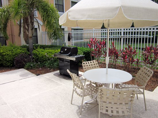 Extended Stay America - Orlando - Maitland - Pembrook Drive: Picnic Area