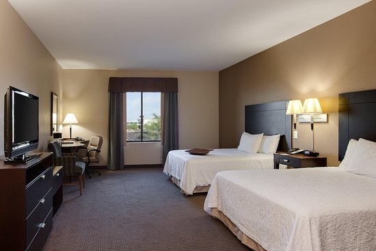 Hampton Inn & Suites Phoenix Glendale - Westgate: Convenience Shop